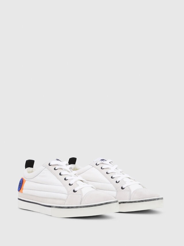 Diesel - D-VELOWS LOW PATCH, White - Sneakers - Image 2