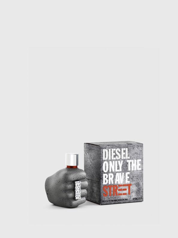 https://dk.diesel.com/dw/image/v2/BBLG_PRD/on/demandware.static/-/Sites-diesel-master-catalog/default/dw59fa09ef/images/large/PL0457_00PRO_01_O.jpg?sw=594&sh=792
