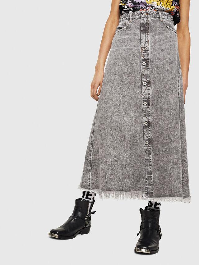 Diesel - DE-MARGY, Light Grey - Skirts - Image 1