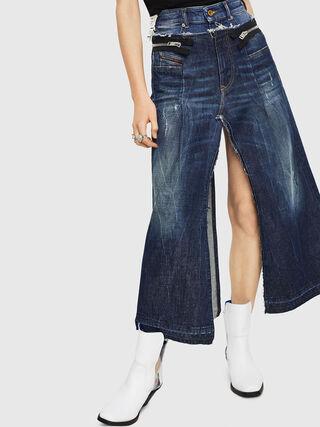 DE-EVERY,  - Shorts