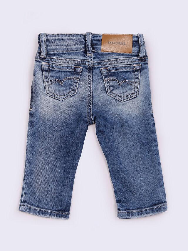 GRUPEEN-B, Blue Jeans