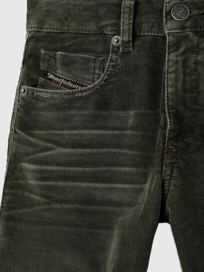 Diesel - D-STRUKT-J, Dark Green - Jeans - Image 3