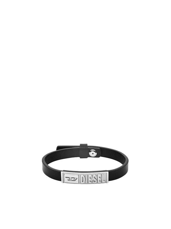 https://dk.diesel.com/dw/image/v2/BBLG_PRD/on/demandware.static/-/Sites-diesel-master-catalog/default/dw895c5118/images/large/DX1226_00DJW_01_O.jpg?sw=594&sh=792