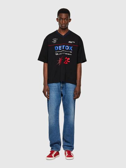 Diesel - T-DELPHIVY-SLITS, Black - T-Shirts - Image 4
