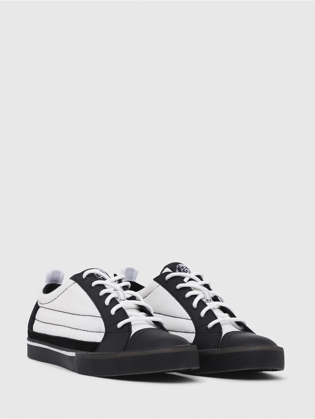 Diesel - D-VELOWS LOW PATCH, Black/White - Sneakers - Image 2