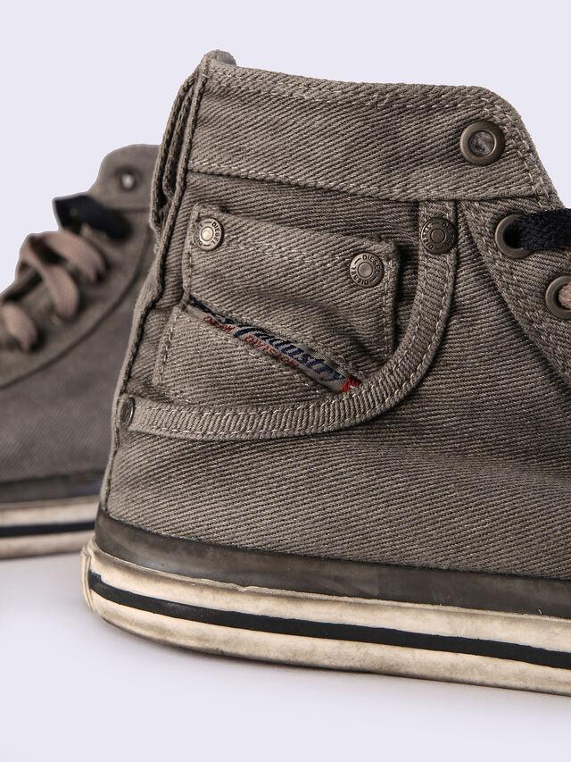 EXPOSURE IV W, Black Jeans