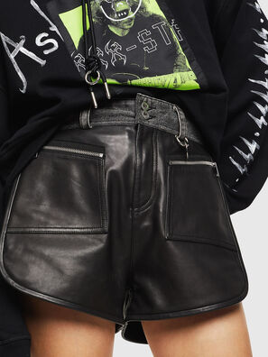 L-FARA, Black - Shorts