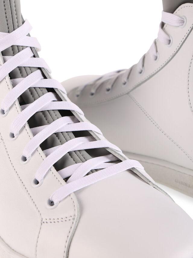 S181-0, White