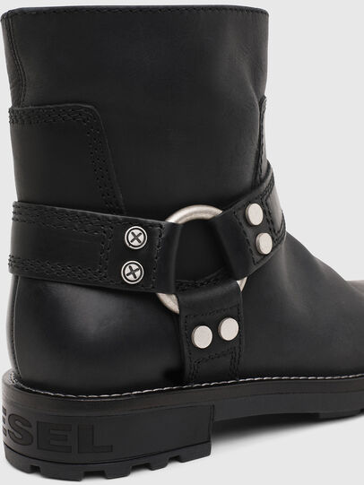 Diesel - D-THROUPER AB W, Black - Ankle Boots - Image 5